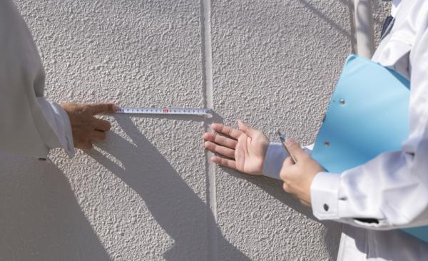 マンションの外壁塗装で利用できる助成金の申請方法とは?