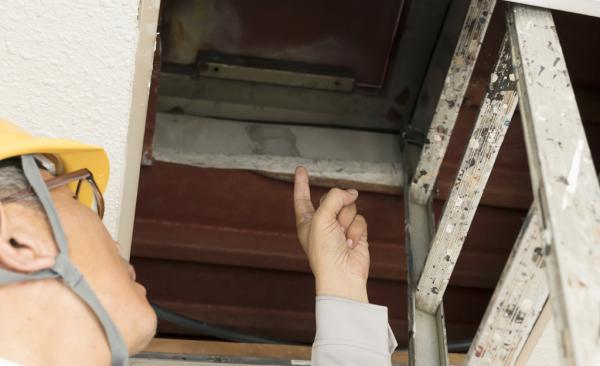 マンションの雨漏り修理で頼りになる「雨漏り診断士」の探し方