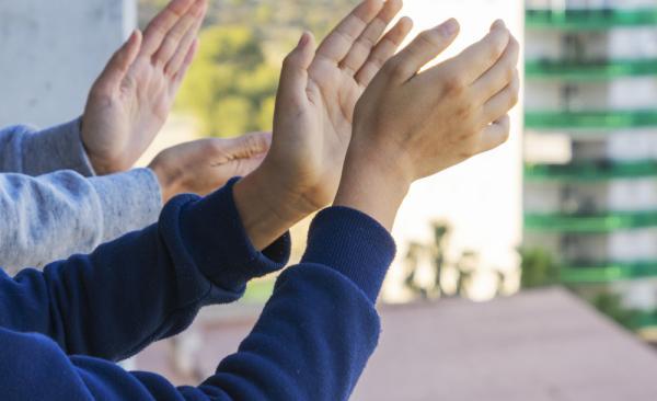 マンションの子どもの転落事故を防ぐには? 原因と予防策を解説!