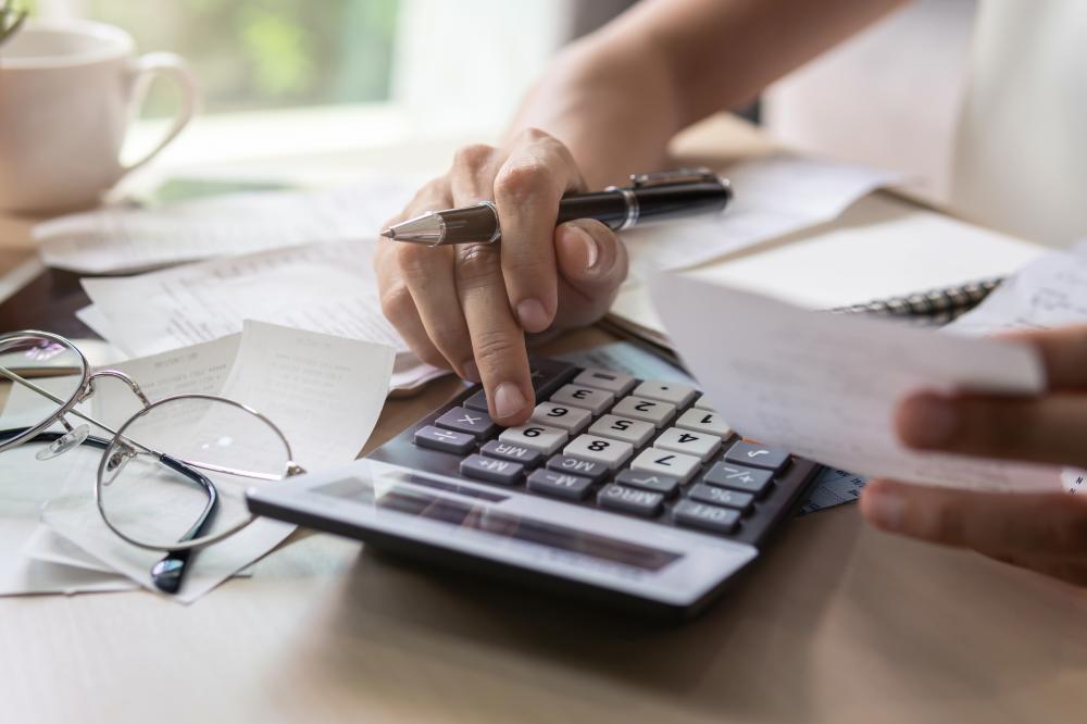 自治会費の相場は毎月1〜300円! どんなことに使われているの?